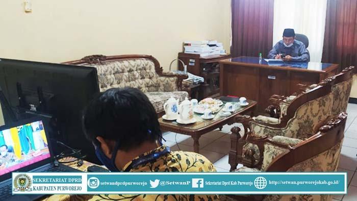 Wakil Ketua DPRD Kab.Purworejo Mengikuti Webinar Rakor SInergitas dari kemendagri