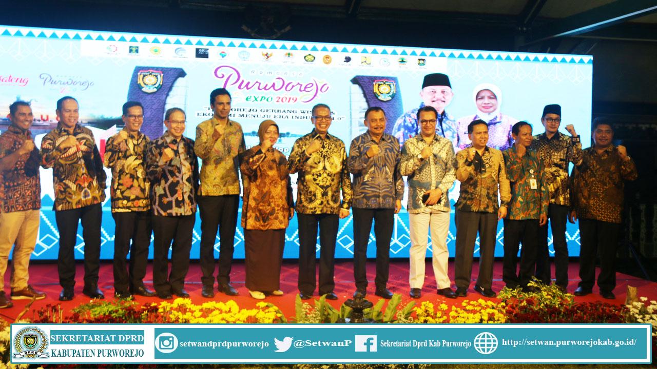 Ketua DPRD Kab. Purworejo menghadiri upacara pembukaan Romansa Purworejo Expo 2020