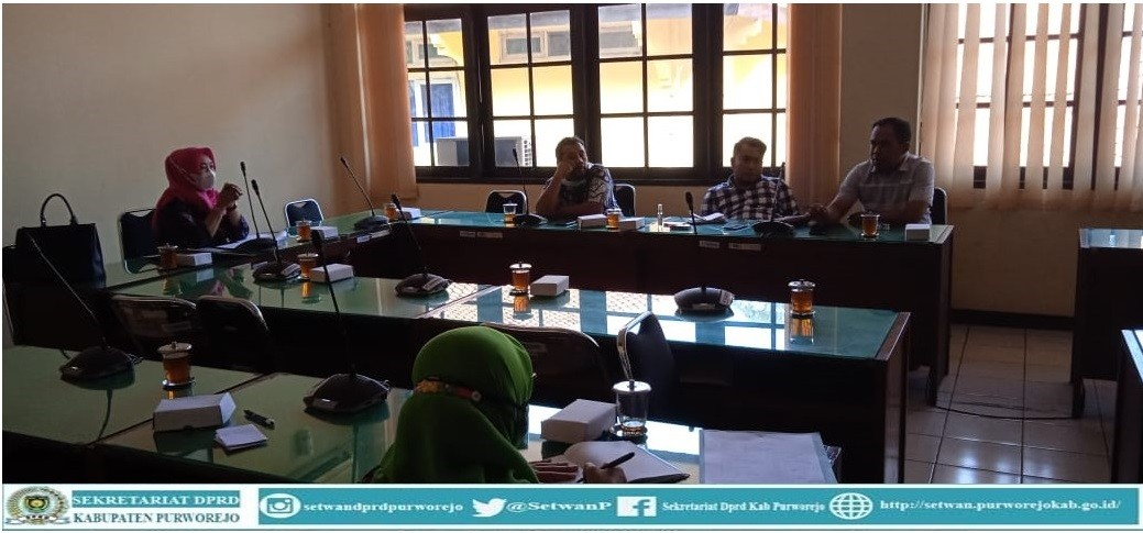 Komisi III melaksanakan rapat internal pasca rapat Banmus